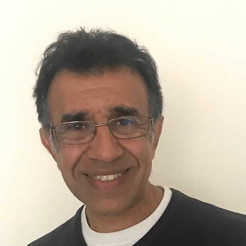 Dr Am Singh